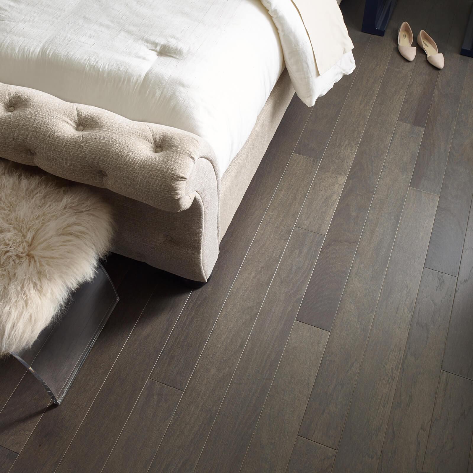 Northington Smooth-2W747-05054-Greystone-Urban Glamour-Wood-Detail-V_1600x1600