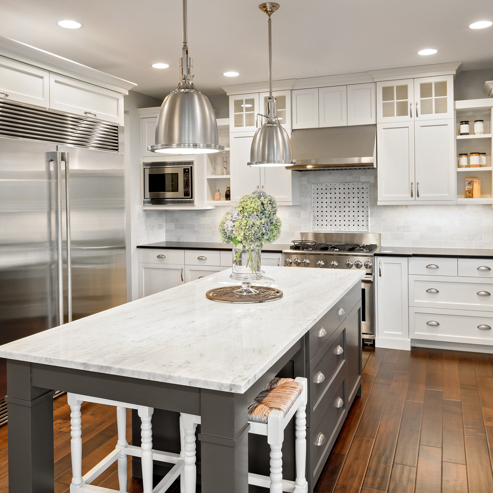 Choosing backsplash for kitchen | Elite Flooring and Interiors Inc