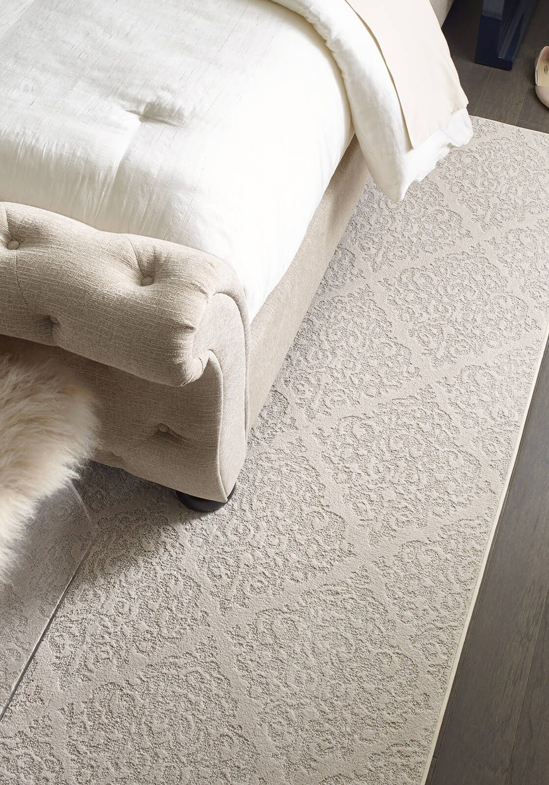 Northington Smooth-2W747-5054-Greystone-CCS73-Chateau Fare-00800-Urban Glamour Bedroom-Rug-Detail-V_1600x1600